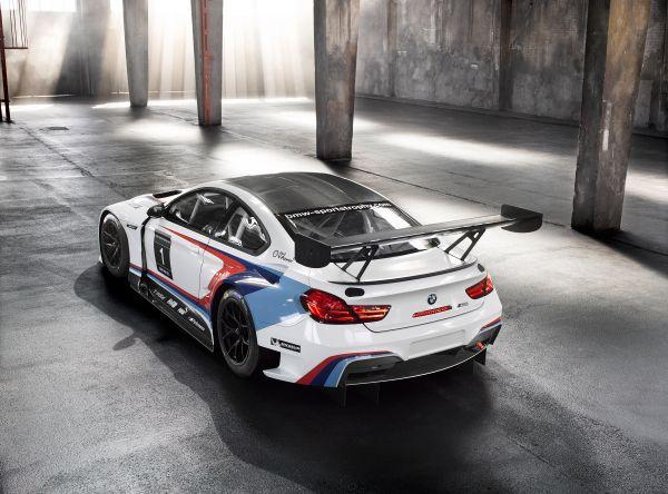 BMW M6 GT3 trasera - PUNTA TACÓN TV