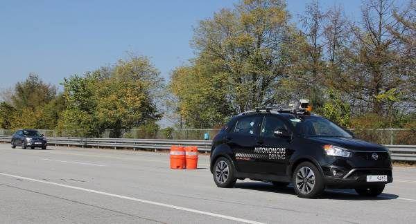 Ssangyong Korando Conducción autónoma - PUNTA TACÓN TV