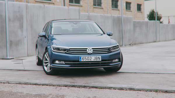 Volkswagen-Passat-Sport---PUNTA-TACON-TV