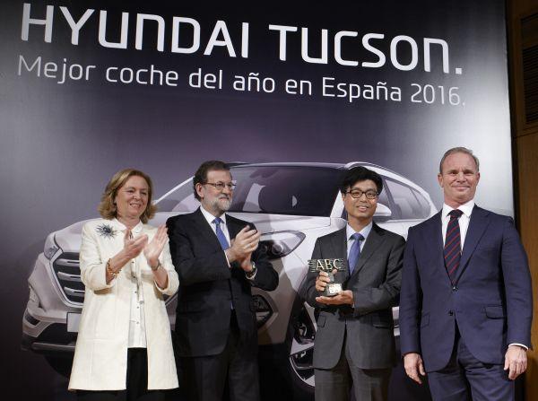 Hyundai recibe el premio Mejor Coche del Año ABC 2016 - PUNTA TACÓN TV