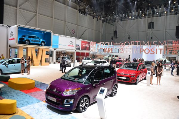Citroën en el Salón de Ginebra - PUNTA TACÓN TV
