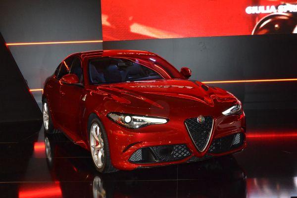 Alfa Romeo Giulia QV presentación - PUNTA TACÓN TV