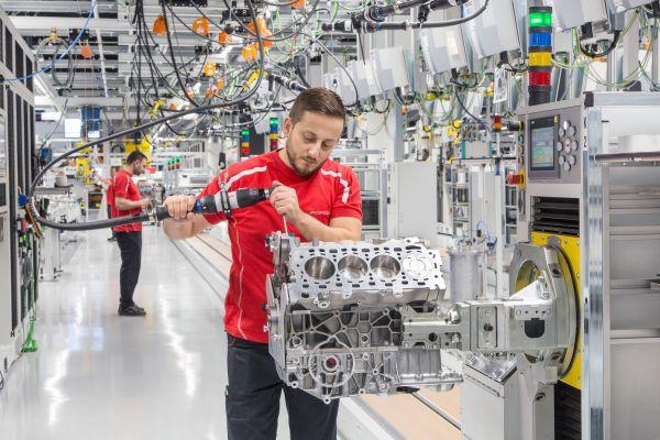 Nueva planta de motores de Porsche - PUNTA TACÓN TV