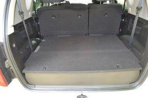 Gran maletero sin tercera fila de asientos - PUNTA TACÓN TV