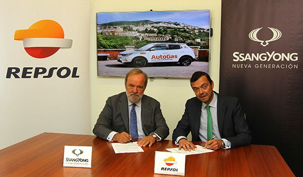 Firma acuerdo Repsol AutoGas SsangYong España - PUNTA TACÓN TV