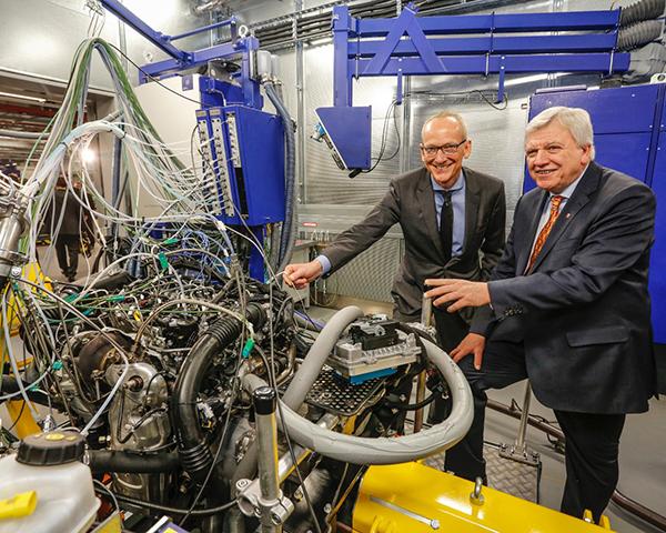 Opening Global Propulsion Systems Center - PUNTA TACÓN TV