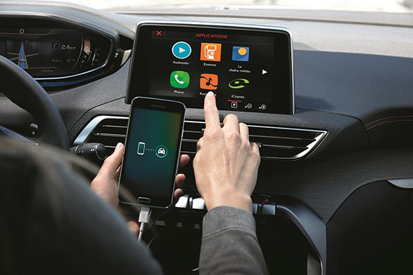 App My Peugeot - PUNTA TACÓN TV