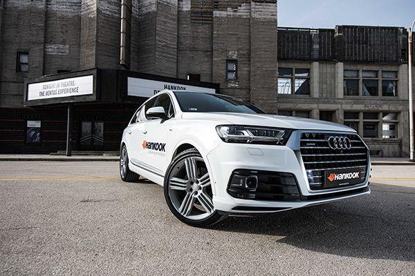 Audi Q7 - PUNTA TACÓN TV