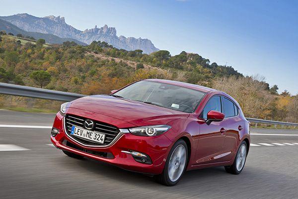 Mazda 3 2017 frente - PUNTA TACÓN TV