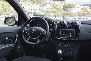 Renovado interior Dacia - PUNTA TACÓN TV