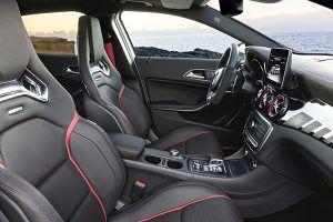 Interior nuevo Mercedes-AMG GLA 45 4MATIC - PUNTA TACÓN TV