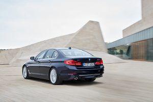 Nuevo BMW Serie 5 vista trasera - PUNTA TACÓN TV