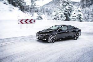 Nuevo Opel Insignia tracción total - PUNTA TACÓN TV