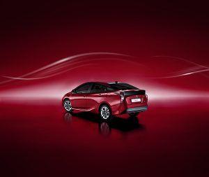 Nuevo Toyota Prius trasera - PUNTA TACÓN TV