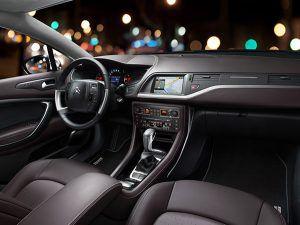 Interior Citroën C5 Tourer XTR - PUNTA TACÓN TV