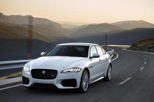 Jaguar XF V6S - PUNTA TACÓN TV