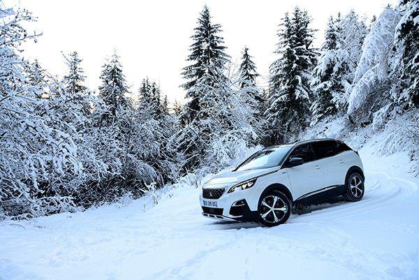 Nuevo Peugeot 3008 frente a duras condiciones invernales - PUNTA TACÓN TV