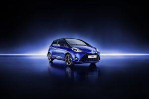 Nuevo Toyota Yaris frente - PUNTA TACÓN TV