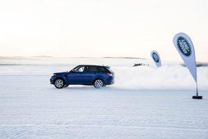 Range Rover Sport SVR sobre nieve - PUNTA TACÓN TV