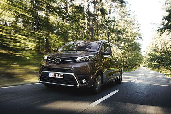 Toyota PROACE VERSO - PUNTA TACÓN TV