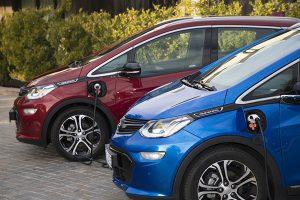 Opel Ampera-e carga - PUNTA TACÓN TV