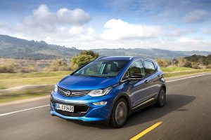 Opel Ampera-e frente - PUNTA TACÓN TV