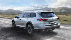 Opel Insignia Country Tourer trasera - PUNTA TACÓN TV
