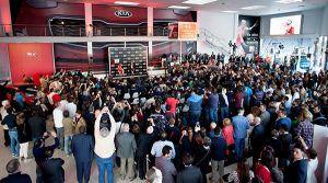 Asistentes inauguración Takai Motor - PUNTA TACÓN TV