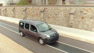 Carga en marcha de vehículos eléctricos - PUNTA TACÓN TV