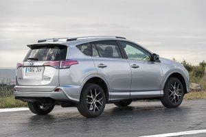 Toyota RAV 4 hybrid feel! edition trasera - PUNTA TACÓN TV