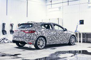 Renault Mégane RS camuflaje - PUNTA TACÓN TV