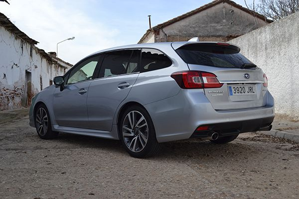 Subaru Levorg 1.6 GT Executive Plus - PUNTA TACÓN TV