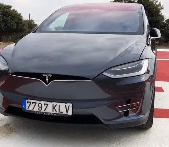 Tesla - PUNTA TACON